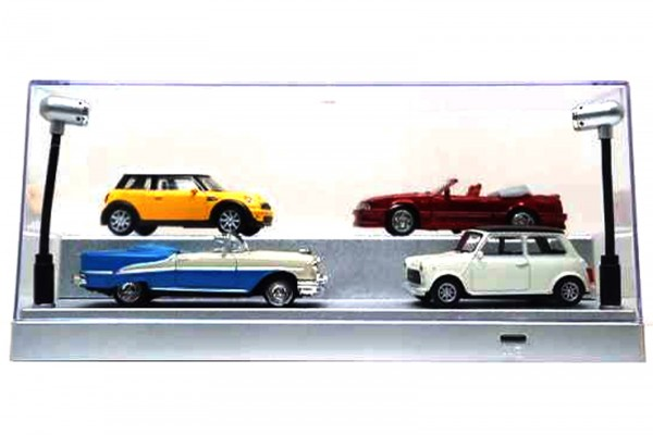 Triple9 Plexiglas Vitrine mit LED Beleuchtung für Diecast Modellautos, Maßstab 1:43, silberner Boden